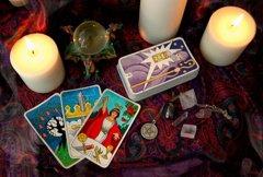 Kartenlegerin - Kartenlegen